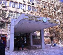 Здание министерство транспорта и коммуникаций. Архивное фото