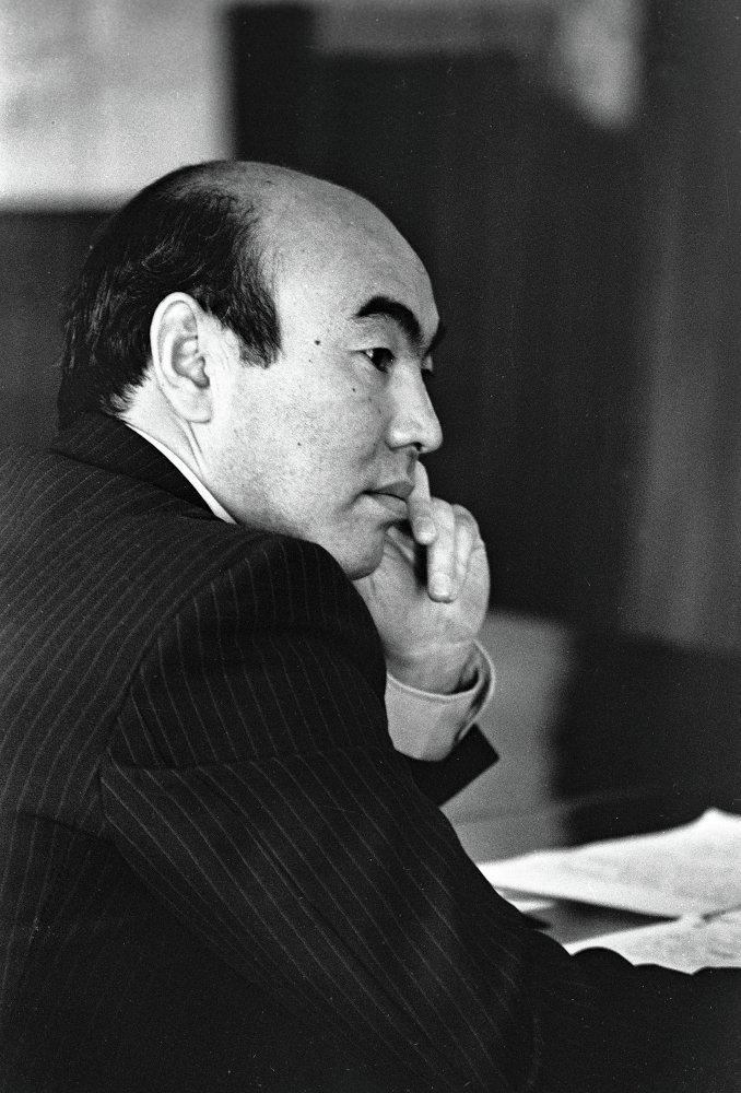 Аскар Акаев. Президентство 27.10.1990-05.04.2005.
