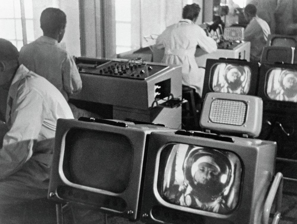 Учёные следят за состоянием Гагарина в космосе