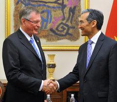 Премьер-министр Джоомарт Оторбаев и Вице-президент Бундестага ФРГ Зингхаммер обсудили актуальные вопросы двустороннего сотрудничества