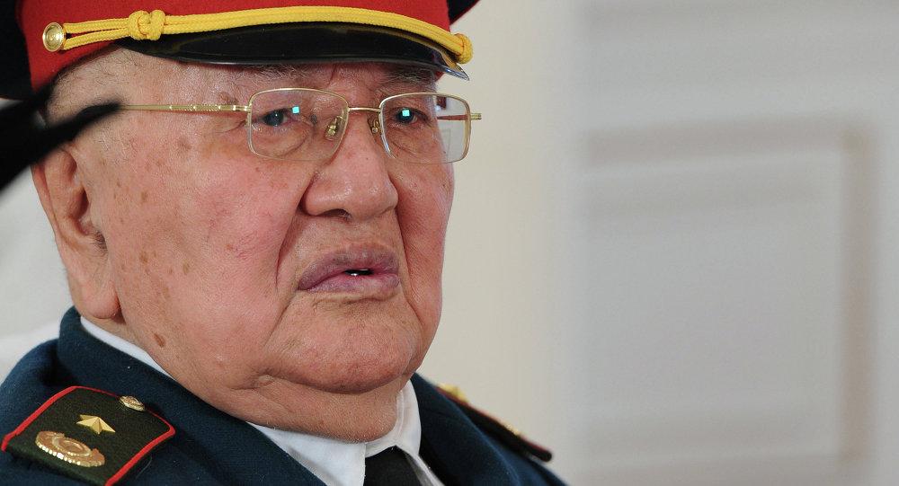 Кыргыз эл Баатыры Сооронбай Жусуев. Архив