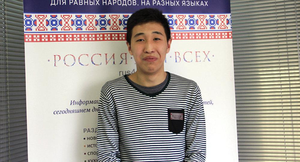 Болочок консул Кудаяров: гректердин бизге окшоп кечигип келмей адаты бар