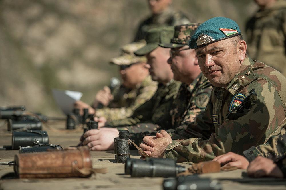 Биргелешкен машыгууга Кыргызстан, Россия, Казакстан, Кытай жана Тажикстандын куралдуу күчтөрүнүн аскерлери катышты.
