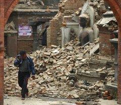 Непалда жер титирөө. Архив