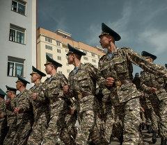 Марш служащих Национальной гвардии КР. Архивное фото