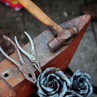 Железные инструменты. Архивное фото