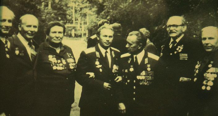 Однополчане героев на встрече в Бишкеке.