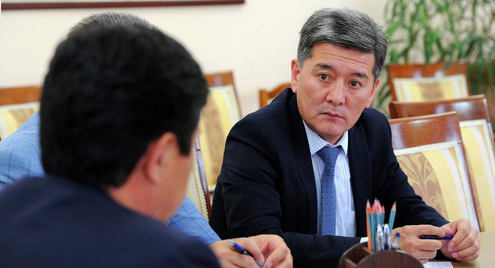 И.о министра транспорта и коммуникаций КР Аргынбек Малабаев. Архивное фото