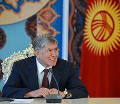 Кыргызстандын президенти Алмазбек Атамбаев. Архив