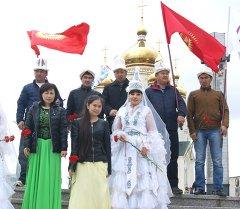 Кыргызские граждане приняли участие на торжественном открытии вечного огня в городе Хабаровск