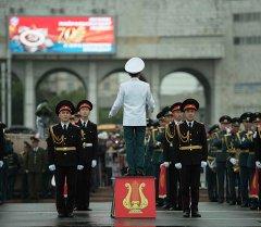 Военный оркестр на параде. Архивное фото