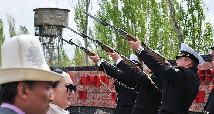 На подготовку первого масштабного для Иссык-Кульской области морского парада ушло два месяца.