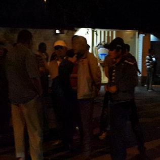 Сторонники Самакова и Турсунбеков у здания ГКНБ. Видео с места событий