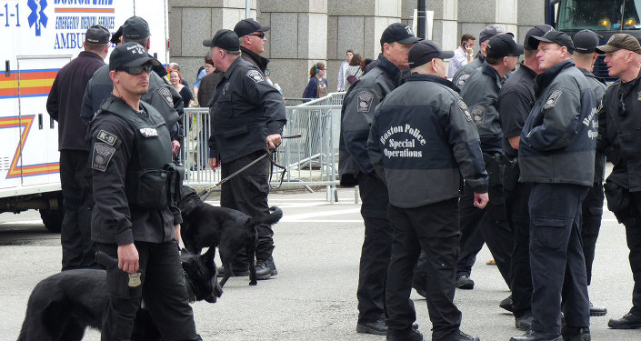 Сотрудники полиции на улицах Бостона. Архивное фото
