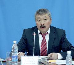 Экс-депутат Карганбек Самаков. Архивдик сүрөтү