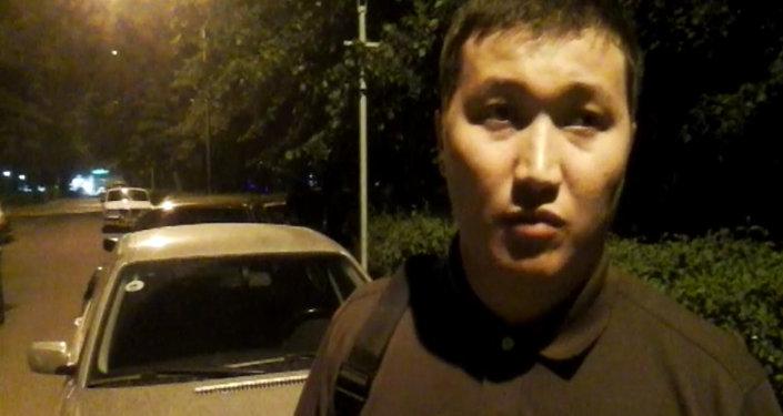 Депутат Самаковдун баласы атасынын эмне себептен кармалганы боюнча оюн айтты
