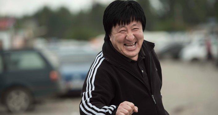 Двойники суперзвезд в Бишкеке.