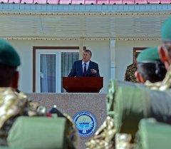 Президент Алмазбек Атамбаев. Архивное фото