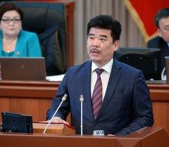 Кыргызстандын Маданият, маалымат жана туризм министри Алтынбек Максутов. Архив