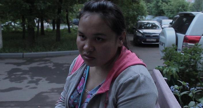 Эгиздердин бирөөнү бербей коюшту – кыргызстандык аял Москвадагы төрөтү