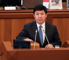Кыргызстандын премьер-министри Темир Сариев. Архив