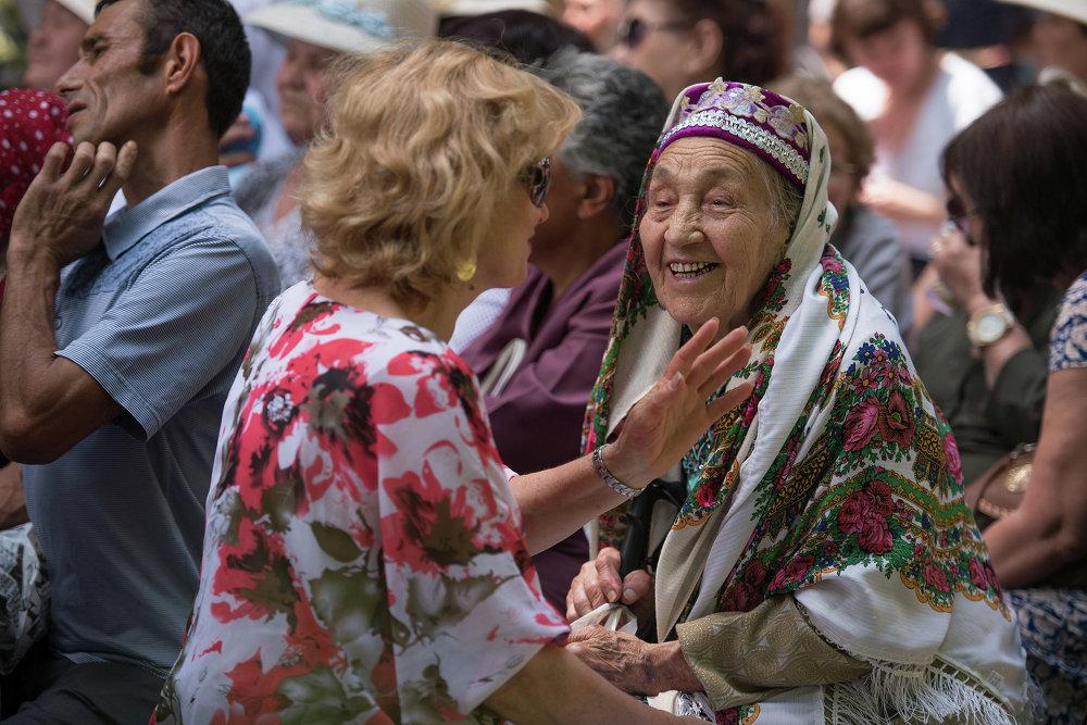 В Карагачевой роще собрались представители татарской диаспоры в КР.