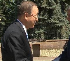 Атамбаев Пан Ги Мун менен англис тилинде саламдашты