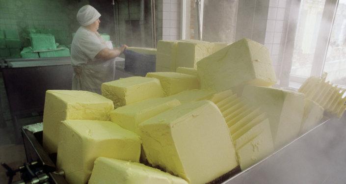 Сырье для изготовления мороженого. Архивное фото