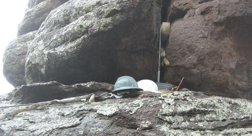 Снаряжение альпиниста. Архивное фото
