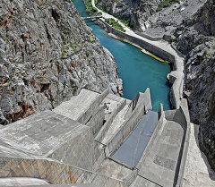 Нарын дарыясындагы ГЭС. Архив