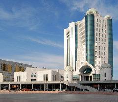 Астанада жайгашкан парламенттин мекемесине көрүнүш. Архив