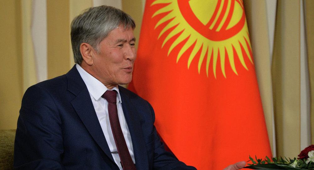 Президент Кыргызстана Алмазбек Атамбаев. Архивное фото
