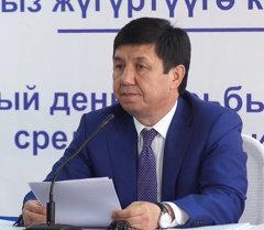 Сариев объяснил, почему сменил главу Госслужбы по контролю