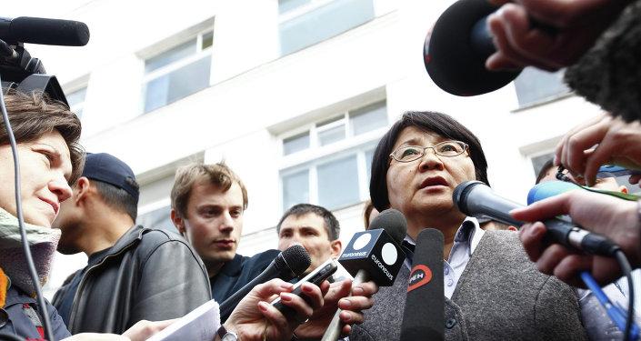 Роза Отунбаева — женщина-президент с железным характером