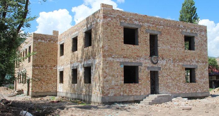 Строительство детского сада. Архивное фото