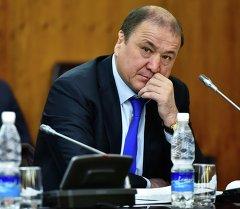 Ички иштер министри Мелис Турганбаев. Архив