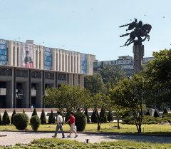 Токтогул Сатылганов атындагы Улуттук филармония, архивдик сүрөт