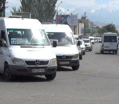 Бишкектеги маршруттук таксинин айдоочулары эң көп бузган жол эрежелери