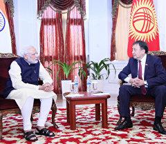 Жогорку Кеңештин төрагасы Асылбек Жээнбеков Индиянын премьер-министри Нарендра Моди менен жолугушту.