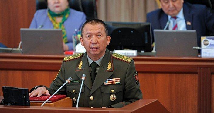Министр обороны КР Абибилла Кудайбердиев. Архивное фото