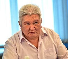 Парламенттик көпчүлүк коалициясын лидери Феликс Кулов. Архив