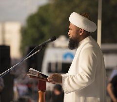 Архивное фото муфтия мусульман Кыргызстана Максатбека ажы Токтомушева