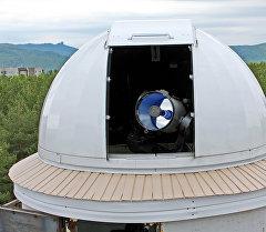 В Сибирском Федеральном университете установлен зеркально-линзовый телескоп с диаметром главного зеркала 400 мм. Архивное фото