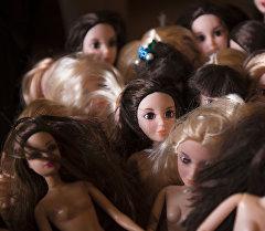 Детские куклы. Архивное фото