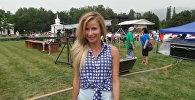 Мейкин Азия эл аралык фестивалынын катышуучусу Елена Пищикова Ала-Тоо ырын кыргызча ырдап берди.