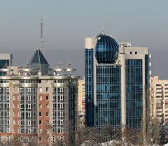 Виды города Алма-Ата. Проспект Достык. Архивное фото