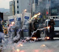 Стамбулда террорчуларга каршы 5 миң полиция ири рейд жасады.