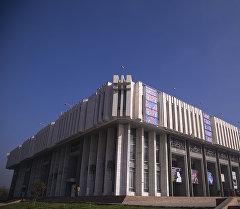 Токтогул Сатылганов атындагы Кыргыз улуттук филармониясынын имаратынын архивдик сүрөтү