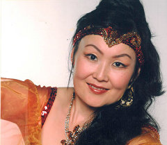 Актриса Жаңыл Асанбекованын архивдик сүрөтү