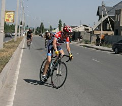 Дуатлон: спортсмены побегали и проехали на велосипедах в Бишкеке